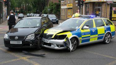 警方在汽车维修上花费12700万英镑