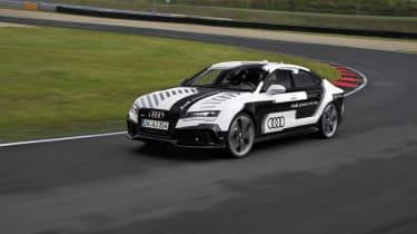 奥迪RS7无人驾驶汽车技术在路上的路上