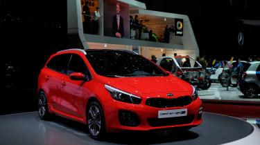全新的Sporty Kia Cee'd GT线模型亮相