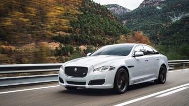 Jaguar XJ针对S级和7系列,具有新的升级