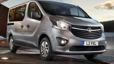 Vauxhall Vivaro和Movano Combi获得新的Euro6发动机