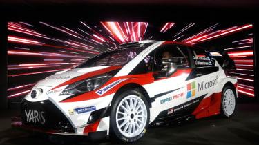 2017季节的新丰田Yaris WRC汽车爆炸