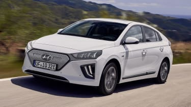 新的Facelifted Hyundai Ioniq系列露出
