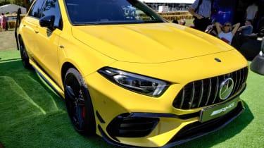 2019年新的梅赛德斯-AMG为50,570英镑的费用为45秒