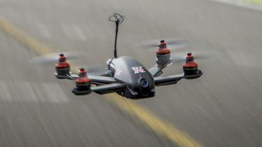 警方使用无人机来瞄准危险的司机
