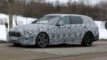 新的2021梅赛德斯-AMG C43以庄园形式铺平